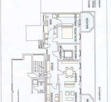 Komfortable, zentral gelegene 4-Zimmerwohnung mit Altbau-Charme!