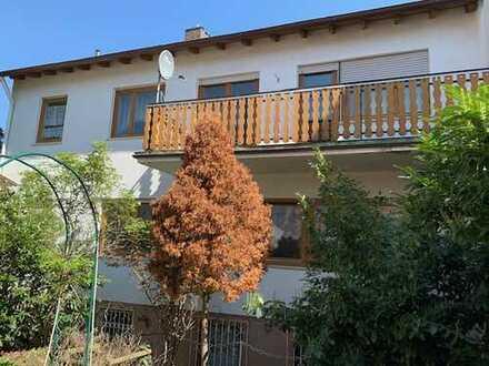 Einfamilienhaus im Orstkern sowie mit Ausbaupotenzial in 63796 Kahl am Main