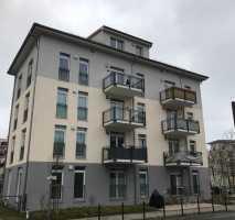 Komfortable, helle, sehr großzügige 2-Zi - Wohnung in Berlin-Treptow