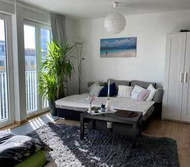 Stilvolle, gepflegte 1-Zimmer-Wohnung mit Balkon und Einbauküche in Leipzig
