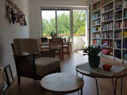 Schöne vier Zimmer Wohnung in Berlin, Baumschulenweg / Sonnenallee (Treptow)