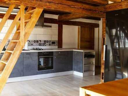 Stilvolle, sanierte 2,5-Zimmer-Loft-Wohnung mit Einbauküche in Mühlen am Neckar/ Horb