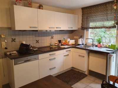 Gepflegte 4-Zimmer-Wohnung mit Balkon, Garten, Garage und Einbauküche in Pfinztal Berghausen