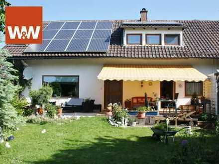 Großzügige Doppelhaushälfte für die Familie mit eigenem Garten und Garage
