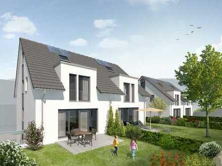 Neubau-Doppelhaushälfte in ruhiger Südlage mit großem Garten