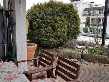 Kapitalanlage, schicke 2-Zimmer-EG Wohnung mit Terrasse