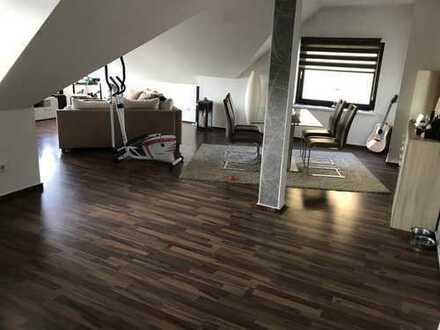 Gepflegte 2-Zimmer-DG-Wohnung mit Einbauküche in Vechelde Vallstedt Peine (Kreis)