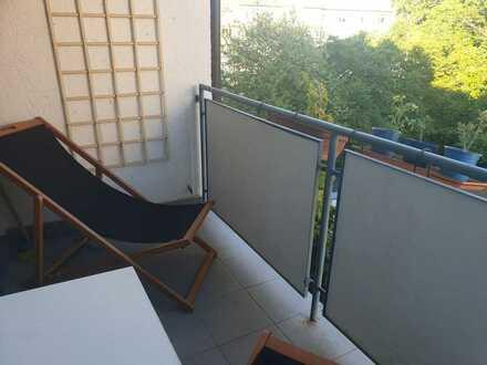 Gut geschnittenes 17 m²-Zimmer mit Balkon in TOP-Lage