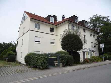2-Zimmer-Wohnung mit Terrasse im Dresdner Süden ( EBK kann erworben werden)