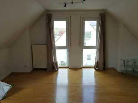 Nette, helle 1-Zimmerwohnung in ER-Büchenbach provisionsfrei von privat