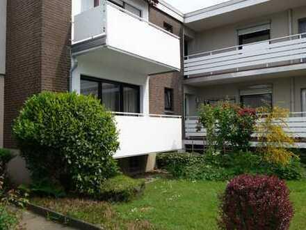 Renovierte Hochparterre Wohnung in bevorzugter Wohnanlage von Obrighoven