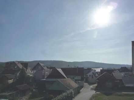 Urbach - Sonnige 3 Zi. DG Whg. mit Balkon in guter Wohnlage