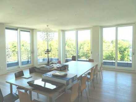 SA SO Bes. 0172-3261193 / Penthouse mit großzügiger Terrasse / Weitblick / hohe Räume /