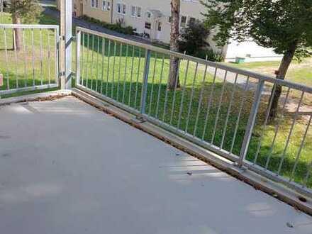 Renovierte 3- Zimmerwohnung mit Balkon in Weidenberg