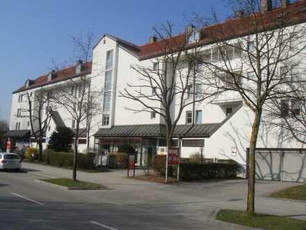 Mü.-Moosach, Praxis/Büroräume in gepflegtem Wohn/Geschäftshaus