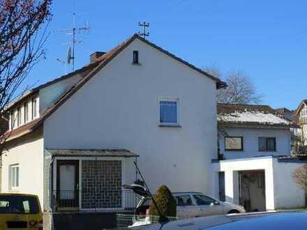 ZWANGSVERSTEIGERUNG - Einfamilienhaus mit Garage in Dornburg