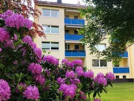 Erstbezug nach Sanierung mit Balkon: freundliche 3-Zimmer-Wohnung in Bremen Horn-Lehe