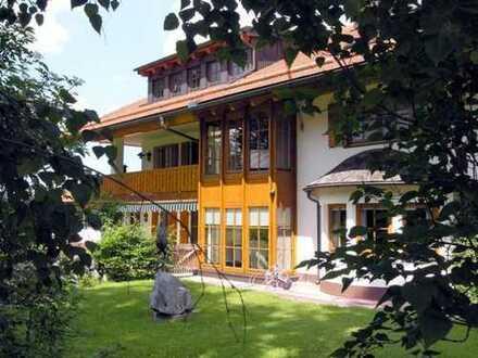 Exklusive, geräumige 4-Zimmer-Wohnung mit Balkon und Einbauküche in Pfronten