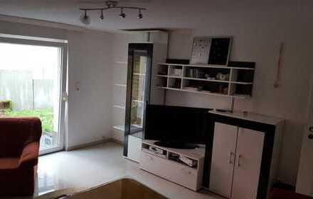 Freundliche 2-Zimmer-Wohnung mit Einbauküche in Backnang
