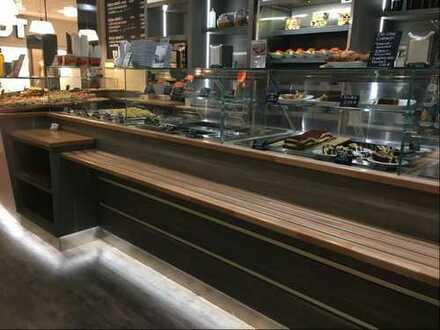 Ein Schnellrestaurant im Einkaufscenter der besonderen Art