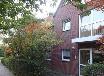 Kleine 1-Zimmer-Wohnung mit Einbauküche und Balkon!