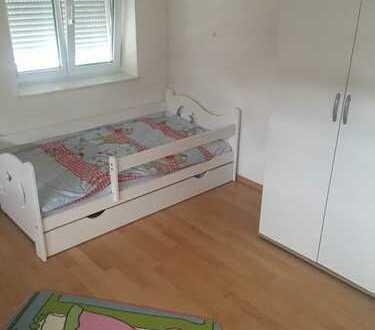 1.150 €, 100 m², 3 Zimmer