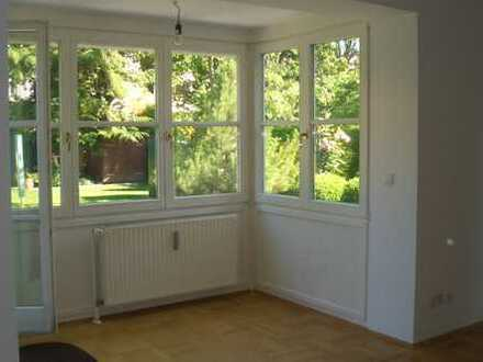 Harlaching, ruhige EG-Wohnung mit Wintergarten