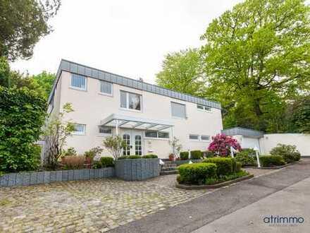 Extravagantes Architektenhaus. Wohnen auf 245 qm! Parkähnlicher Garten, Badeteich... In Wuppertal