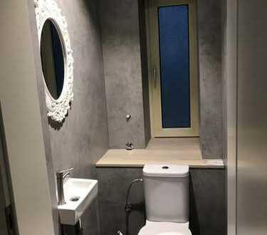 Erstbezug nach Sanierung: attraktive 3,5-Zimmer-Wohnung mit EBK in Detmold