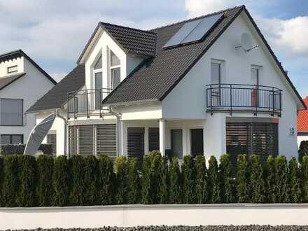 Eigenes Haus mit großem Garten nur 30 Autominuten zum Flughafen
