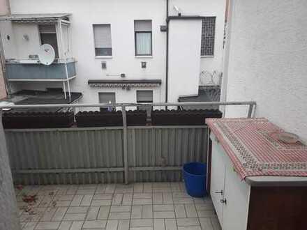 Frankenthal-Lukrativ: Modernisierungsbedürftiges Einfamilienhaus im Zentrum zum Preis einer Wohnung!