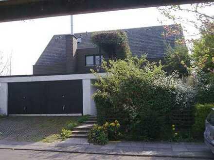 Exklusives Haus im Haus, stadtnah, in ruhiger Aussichtslage