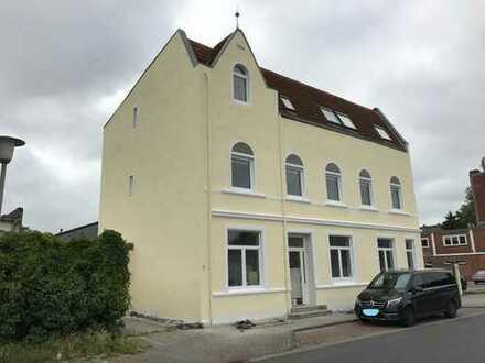 NEU Kernsaniertes Wohnhaus in der Rüderstraße, 5 ZKB, 1. OG rechts - ab 01.11.2018