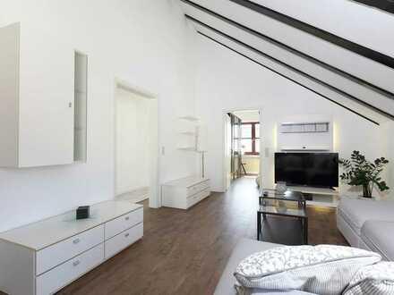Neu ausgebaute 2,5-Zimmer-DG-Wohnung mit Balkon und Einbauküche in Mundelsheim