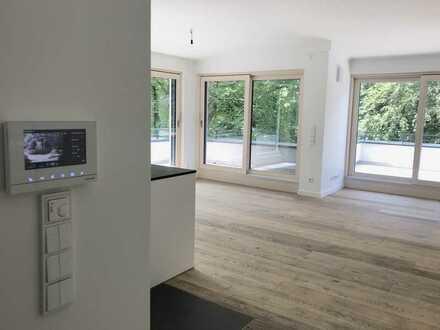 Edles Penthouse mit großer Dachterrassen und Sauna/Büro/Hobby im UG in Alt-Harlaching
