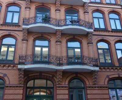 Schön und helle, frisch sanierte Altbau-Wohnung in der Altstadt von Flensburg auch WG geeignet