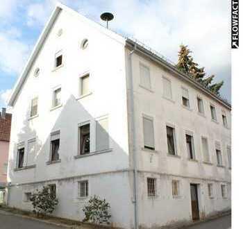 Sanierungsbedürftiges Mehrfamilienhaus mit viel Potential