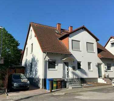 Schönes Haus mit fünf Zimmern in Main-Taunus-Kreis, Hattersheim am Main