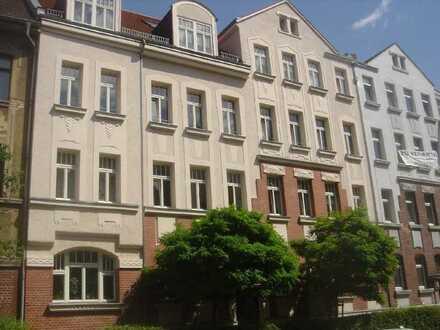 schöne 1- Raumwohnung mit Balkon und Gartenanteil