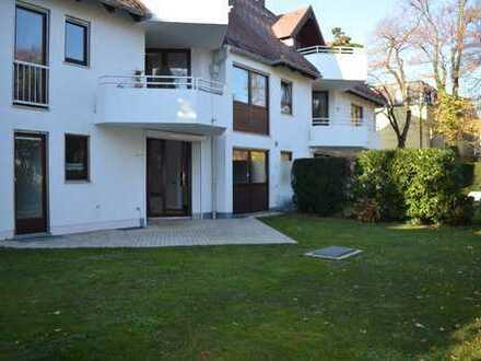 Traumhafte, sonnige 2-Zimmer-Garten-Wohnung mit rd. 30 m² Schlaf-Hobbyraum