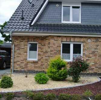 Moderne Doppelhaushälfte (links) in ruhiger Wohnlage Alt-Osterhiolz / Schweizer Viertel
