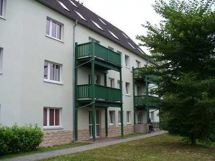 Kleine gemütliche 2 Raum Wohnung mit Balkon ist noch frei