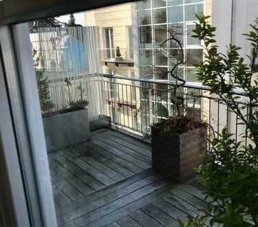 Top ausgestattete 4 Zimmer Wohnung mit einladendem Balkon und toller Ausstattung in bester Lage!