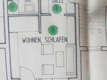 Gepflegte Wohnung mit einem Zimmer sowie Balkon und Einbauküche in Pforzheim