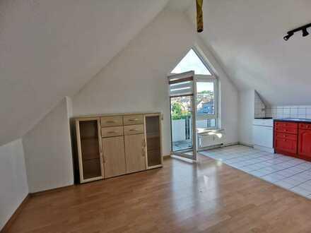 Gemütliche 1-Zimmer Dachgeschosswohnung in Wiernsheim