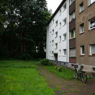 Schöne drei Zimmer Wohnung in Duisburg - Bergheim ( Provisionsfrei )