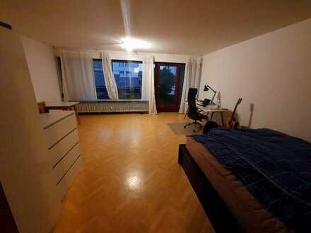 Schöne 1-Zimmer,wohnung mit Küche + Bad in guter Weinheimer Lage!