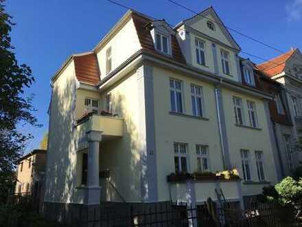 Jugendstil in Neuruppin: 3-Raumwohnung in Seenähe, mit Balkon und EBK
