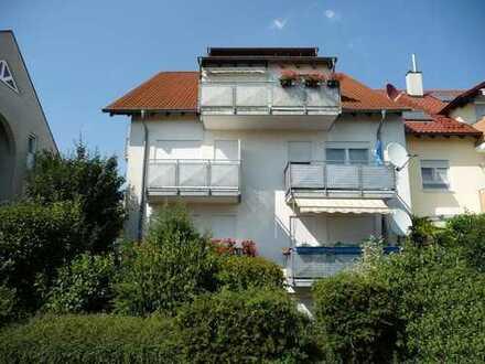 Sonnige 3 Zimmer Maisonette mit Balkon, Terrasse und 2 PKW-Stellplätze