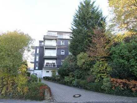 NÜMBRECHT-ZENTRUM: Sanierte Obergeschosswohnung mit Südbalkon in fußläufiger Lage
